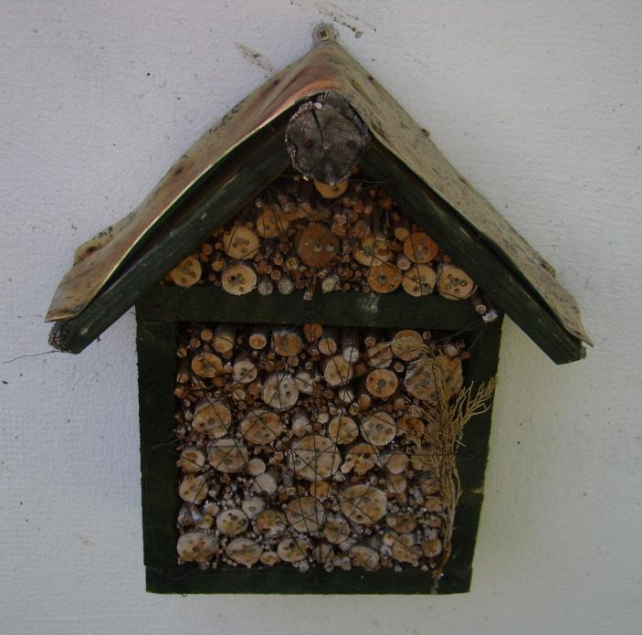 Domečky pro hmyz a včelky